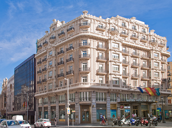 The senator hotel hotel next to puerta del sol the for Gran via puerta del sol madrid