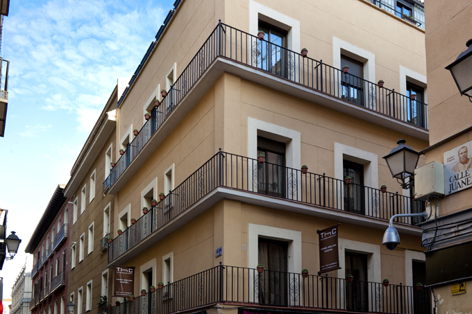 Economical Hostels in Madrid
