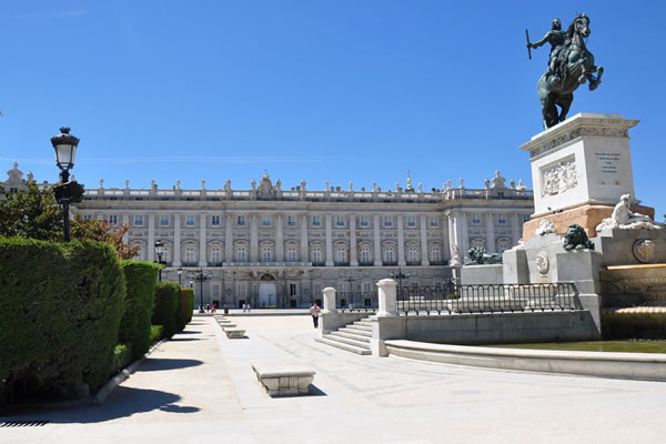 Luxury Hotels In Madrid Casa De Madrid The Information