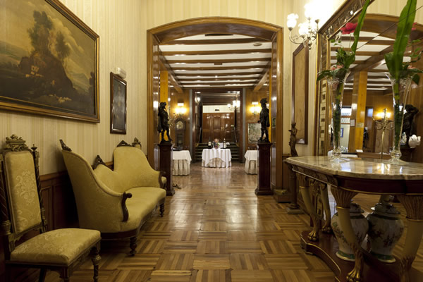 Hotels for business travels in Madrid