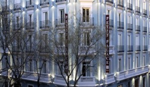 Nice Hotels in Madrid. Petite Palace Art Gallery.
