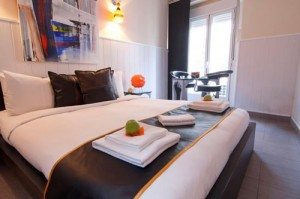 Bed & Breakfast in Madrid. Hostal Oxum.