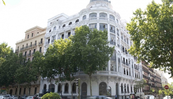 Hotel in Retiro Park in Madrid.